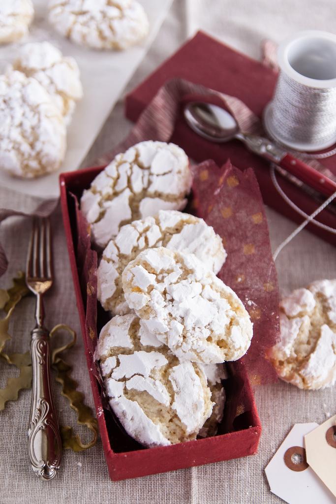 Ricciarelli, Siena's Almond Cookies