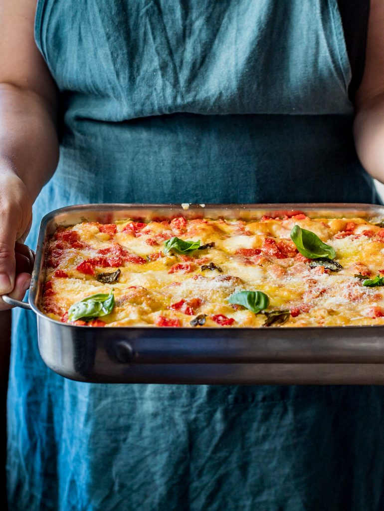 tomato mozzarella lasagne