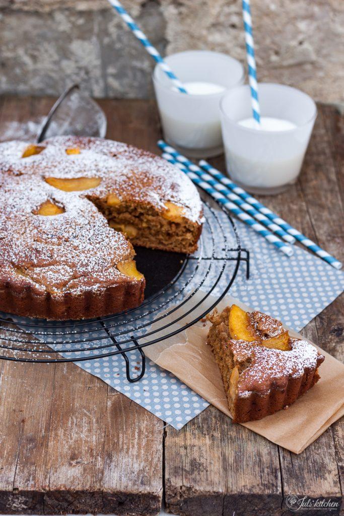 Persimmon cake
