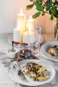 Baked pasta with artichoke ragout
