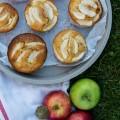 tiny apple cakes