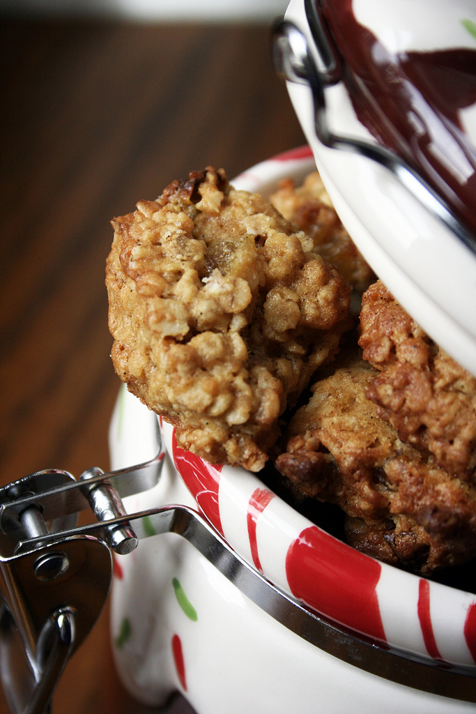 Jamie Oliver's Oat And Raisins Cookies