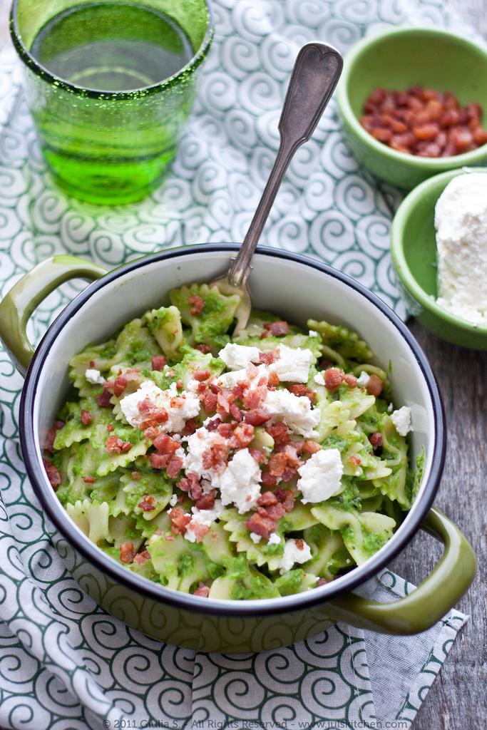 Green! Pasta With Pea Pesto And Crunchy Bacon