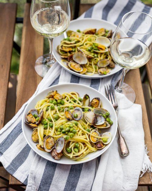 Spaghetti With Clams And Peas