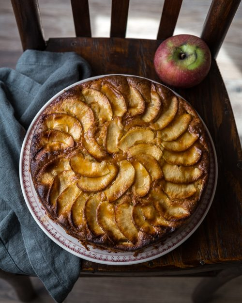 Apple Olive Oil Cake