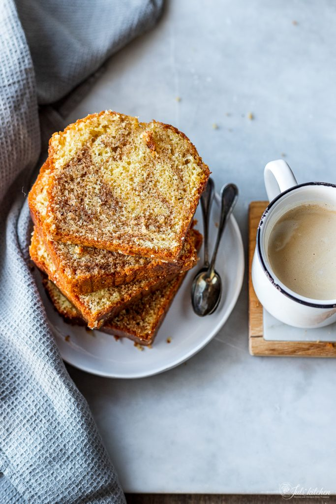 Coffee and vanilla pound cake